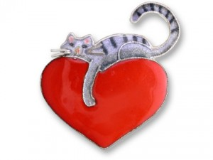 21-42-92 Kitty Love Pin